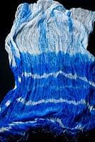 インドの薄ショール クリンクル タイダイドゥパッタ - ブルー
