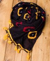 大きな模様の絞り染めドゥパッタ - 黒(黄フリンジ)