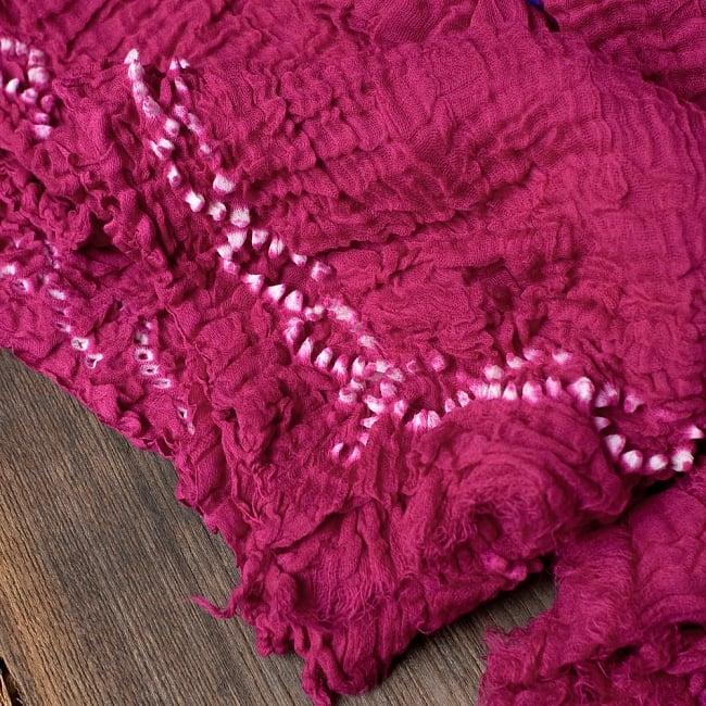 〔2枚セット〕あなたが完成させる 伝統の絞り染めストール バンデジ - ビビットピンク系 3 - 一箇所ずつ丁寧に糸を結んでつくられています