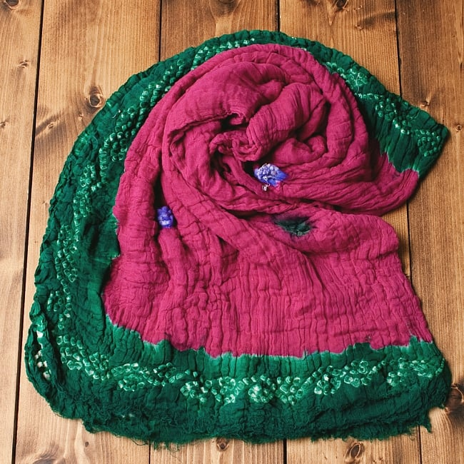 〔2枚セット〕あなたが完成させる 伝統の絞り染めストール バンデジ - ビビットピンク×緑系の写真