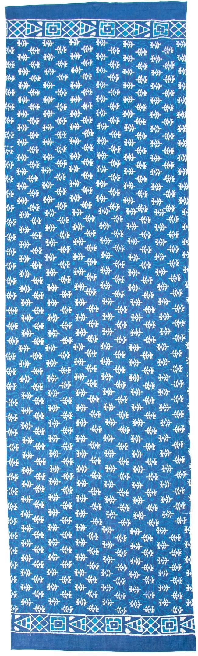 ウッドブロックプリントのコットンスカーフ 4 - 全体図です。