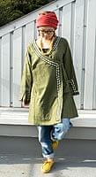 エスニック衣料のセール品:[日替わりセール品]長袖ネパールのカシュクール風ワンピース[緑]
