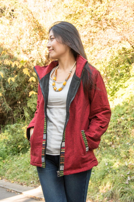 ネパールのゲリラインジャケット 3 - 前をオープンにしてもオシャレですね。