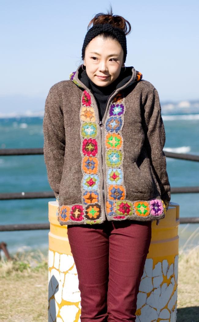 フラワーモチーフのウールジャケットの写真3 - C:ライトブラウン:Sサイズです。