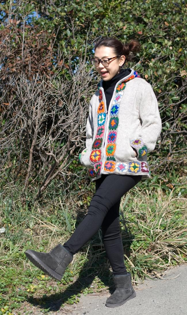 フラワーモチーフのウールジャケットの写真4 - D:アイボリー:Sサイズを着用しています。