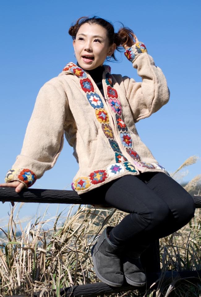 フラワーモチーフのウールジャケットの写真6 - F:ベージュ:Sサイズを着てみました。