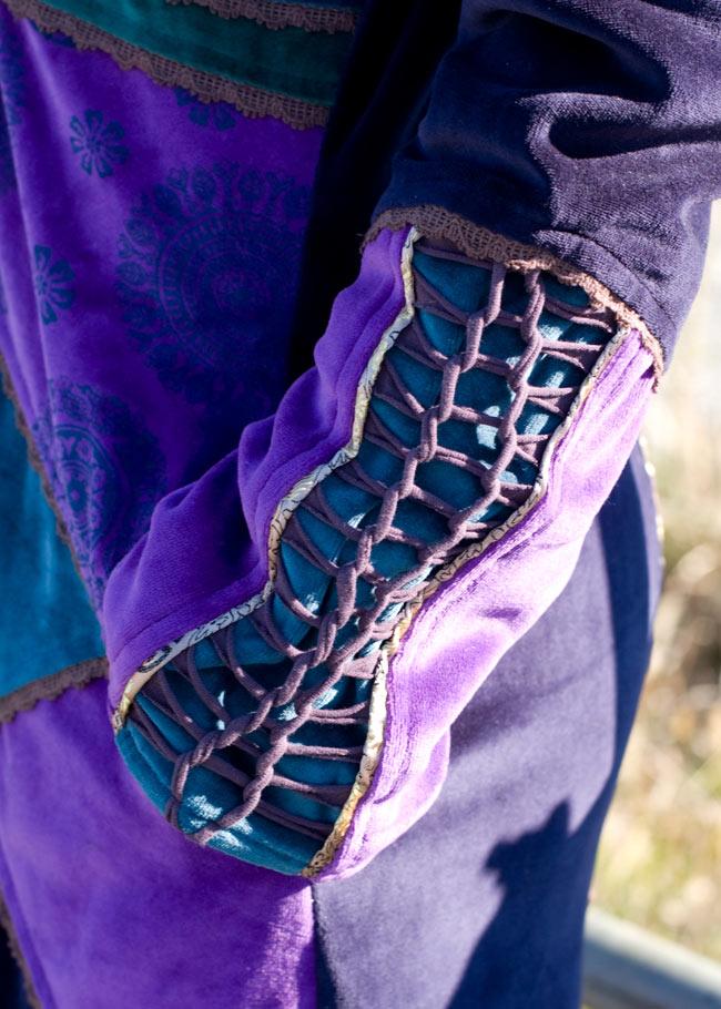 ベルベット生地のパッチワーク・トライバルコート 7 - 袖口もディテールまで凝っています。ポケットもあるので便利。