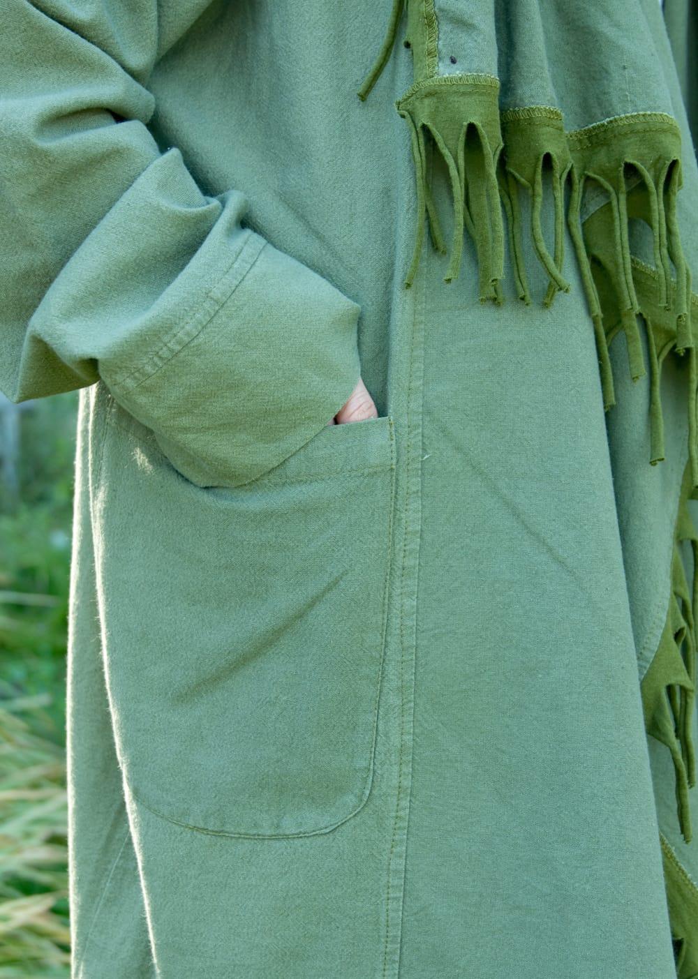 たっぷりフリンジのコットンジャケット 5 - 大きなポケットも使いやすい!