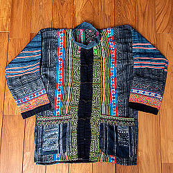 【一点物】黒モン族の藍染刺繍ジャケット