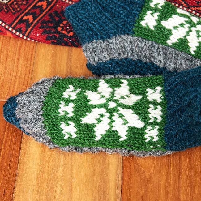 インナーフリースが暖かい!ウールン・ルームシューズ 4 - 足の裏の部分です。しっかり編まれています。