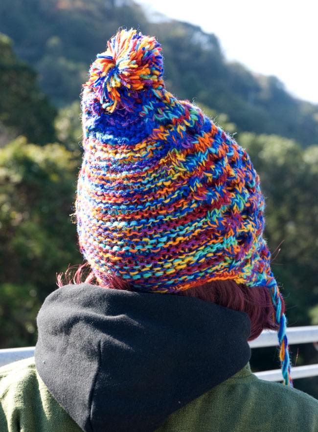 耳あて付きウールンニット帽 ミックスの写真3 - 後ろ姿はこんな感じです。