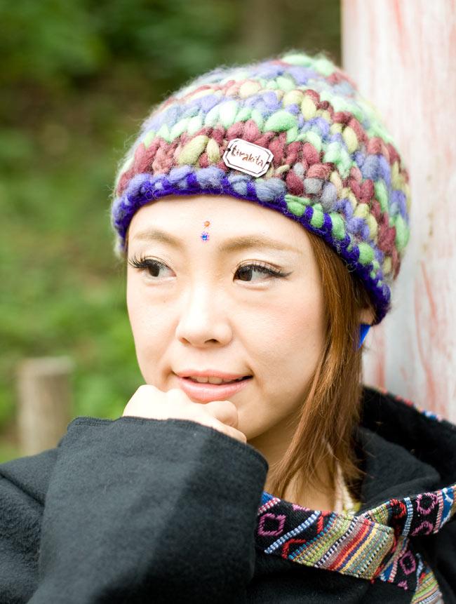 もこもこニット帽-フリース付き 【紫×グリーン系】 2 - 別の角度から撮ってみました。
