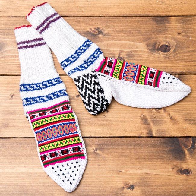 マナリの靴下 - カラフルアクリル 2 - ひとつづつ手作りのあったか靴下です。