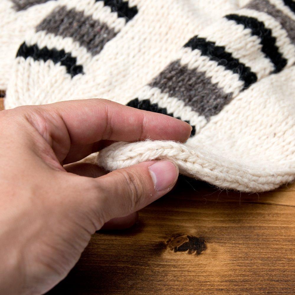 マナリの靴下 - シンプルウール 8 - しっかり保温してくれる適度な厚み。