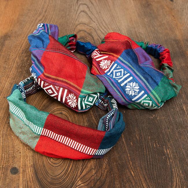 ターイ族の手作りカラフルヘアバンド【1点アソート】 9 - デザイン1 それぞれ一点づつデザインがことなりますので、似た雰囲気のデザインでまとめております。画像のような中から、一点当店で選んでお送りいたします。