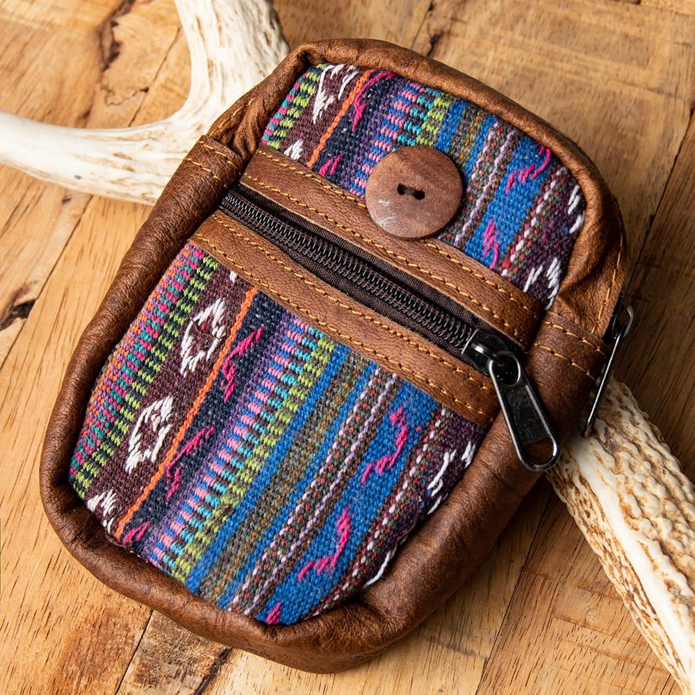 エスノ刺繍レザータバコケース - 紫系の写真