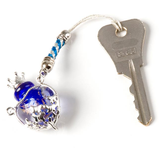 香水瓶のストラップ - ハートの写真3 - 鍵をつけてみました。