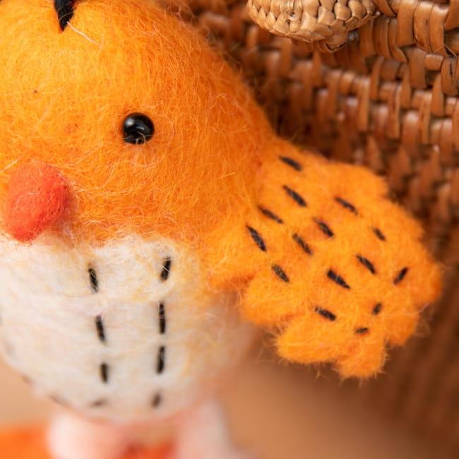 ネパールのもっちり鳥さん - オレンジ 3 - 若干たくましさを感じます。