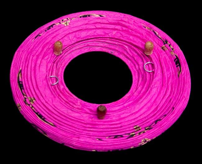 [ワケアリ・付属品不足]ロクタ紙ランプシェード(床置きタイプ)-ピンク・ブッダアイの写真4 - 折り畳んだ状態です。