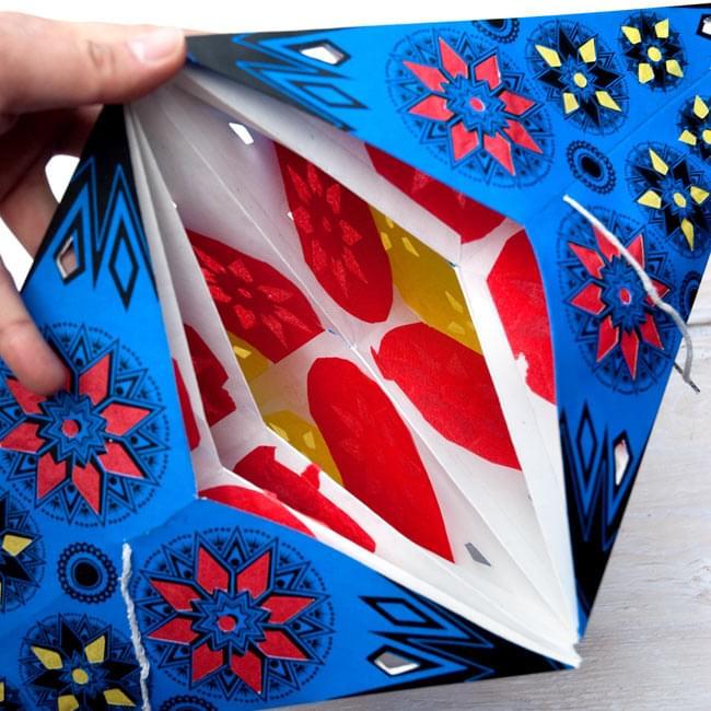 〔インドクオリティ〕星型ランプシェード - 幾何学・グリーンの写真7 - 中はこのようになっております。