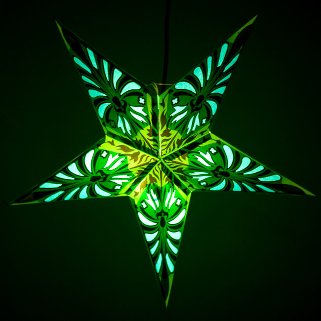 〔インドクオリティ〕星型ランプシェード - 幾何学・グリーンの写真