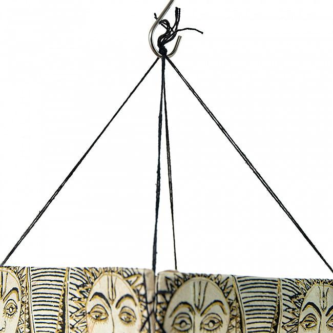 ロクタ紙 四面ランプシェード - スーリャ 4 - フックなどでかんたんに吊り下げできます。
