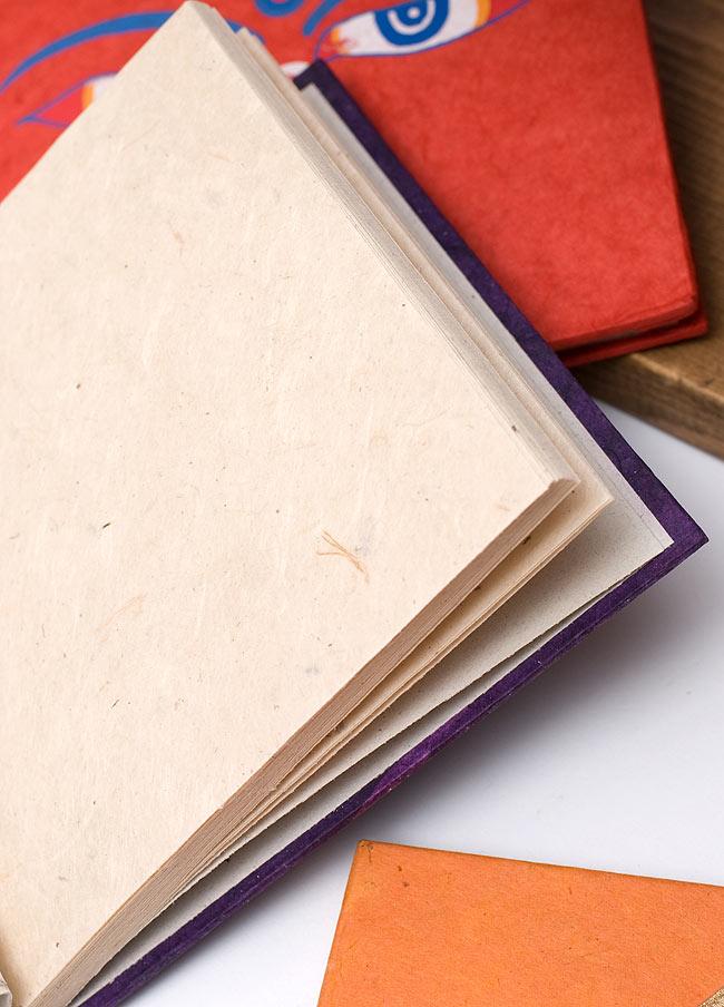 ロクタ紙エンドレスノット柄ノートブック(CDサイズ)の写真2 - ロクタ紙のほんわかした風合いが素敵です。何を書こうか楽しみです。
