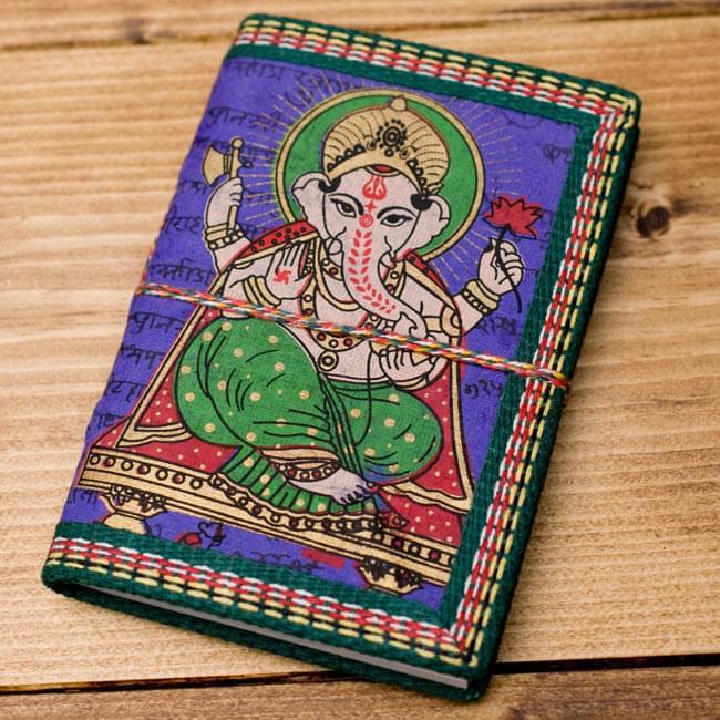 〈12.8cm×8.5cm〉インドの神様柄紙メモ帳 - ガネーシャの写真