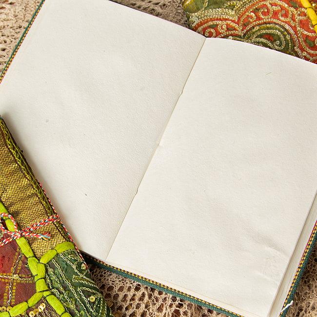 インド パッチワークノート〔26cm×17cm〕 2 - 環境に優しい再生紙を使用してつくられております