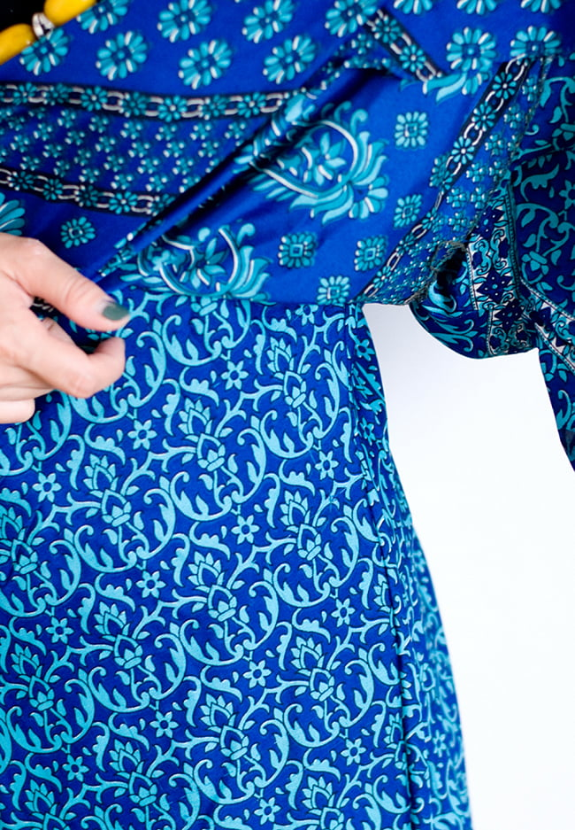 ヒラヒラ揺れる裾が可愛い!ベルスリーブワンピース 9 - このように2重になっているのもフリルのようで可愛いですよ!