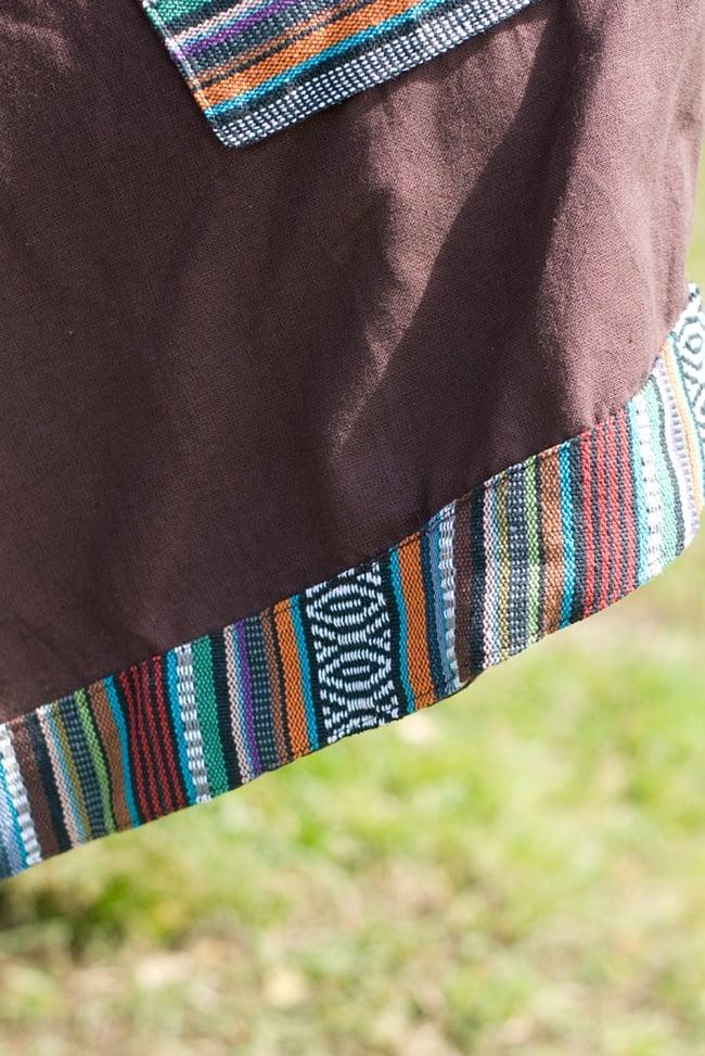 ネパール刺繍のAラインワンピース 7 - 裾にもゲリラコットンが施されていて、良いアクセントになっています。