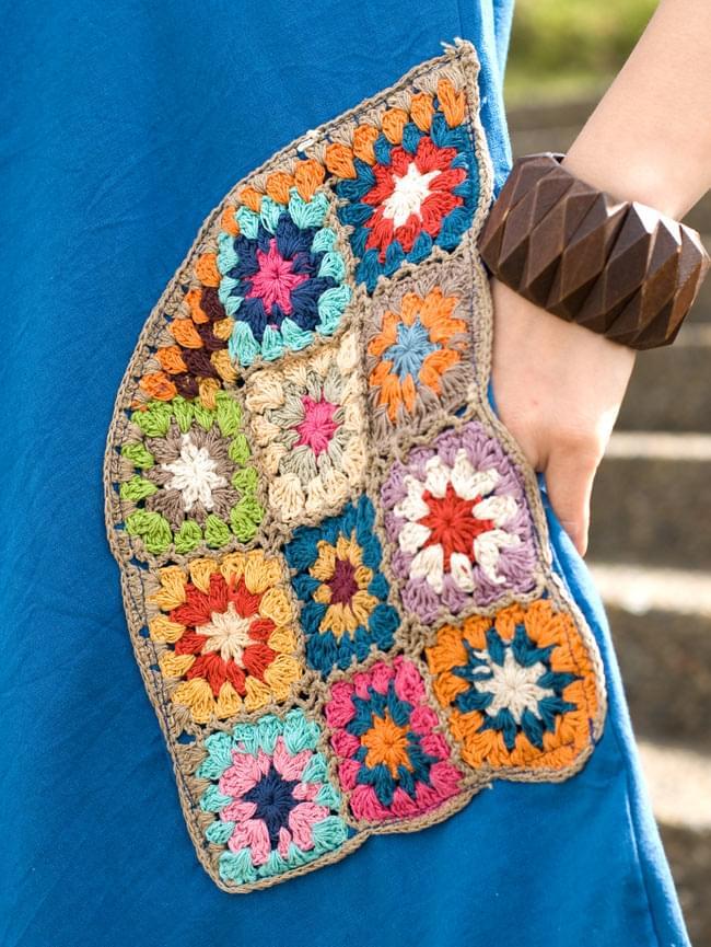 フラワー刺繍ポケットAラインワンピース - スカイブルー 5 - ポケットをアップにしてみました。お花のクロシェがたっぷり♪