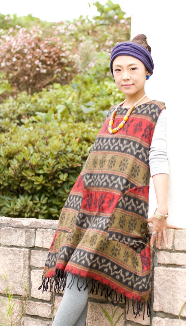 ダッカ織りのふわふわワンピースの写真3 - C:赤×茶