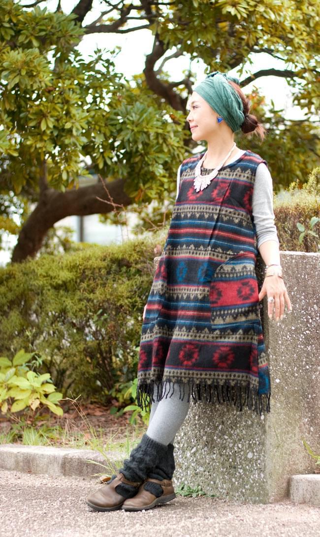 ダッカ織りのふわふわワンピースの写真6 - F:赤×ベージュ×ブルー