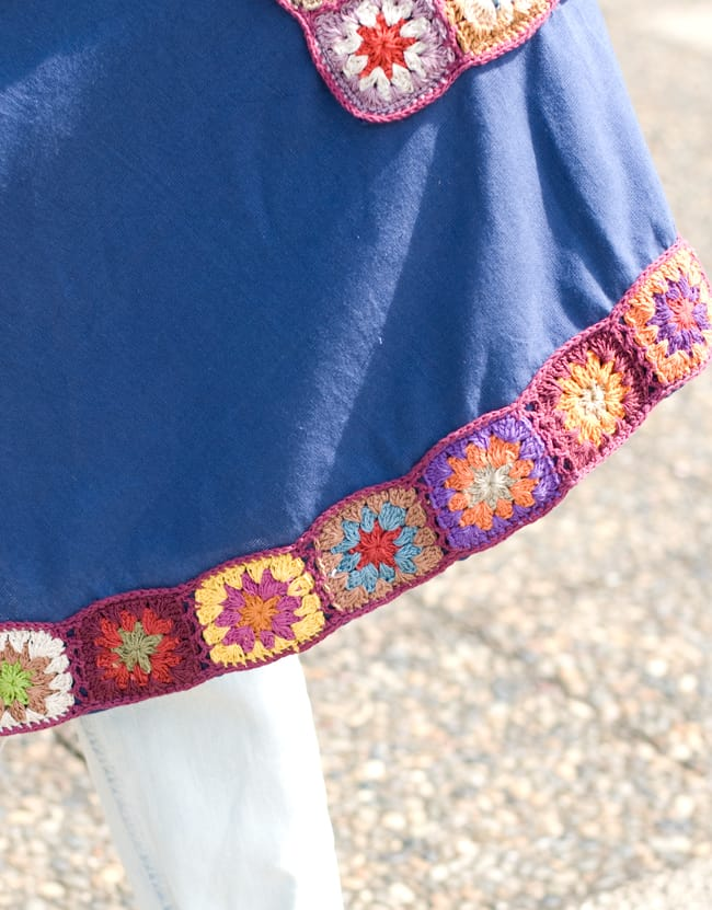フラワー刺繍ポケットAラインワンピース - グレー 9 - 裾部分をアップにしてみました。