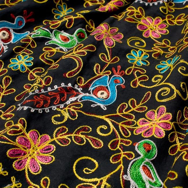 【1点物】カッチ地方のトライバル刺繍 2WAYスカート - ブラック 3 - 刺繍もとても美しいです。