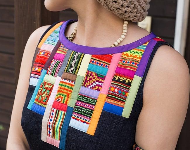 【1点もの・CHULA】モン族刺繍のワンピース デニム生地 5 - 胸周りの様子です。