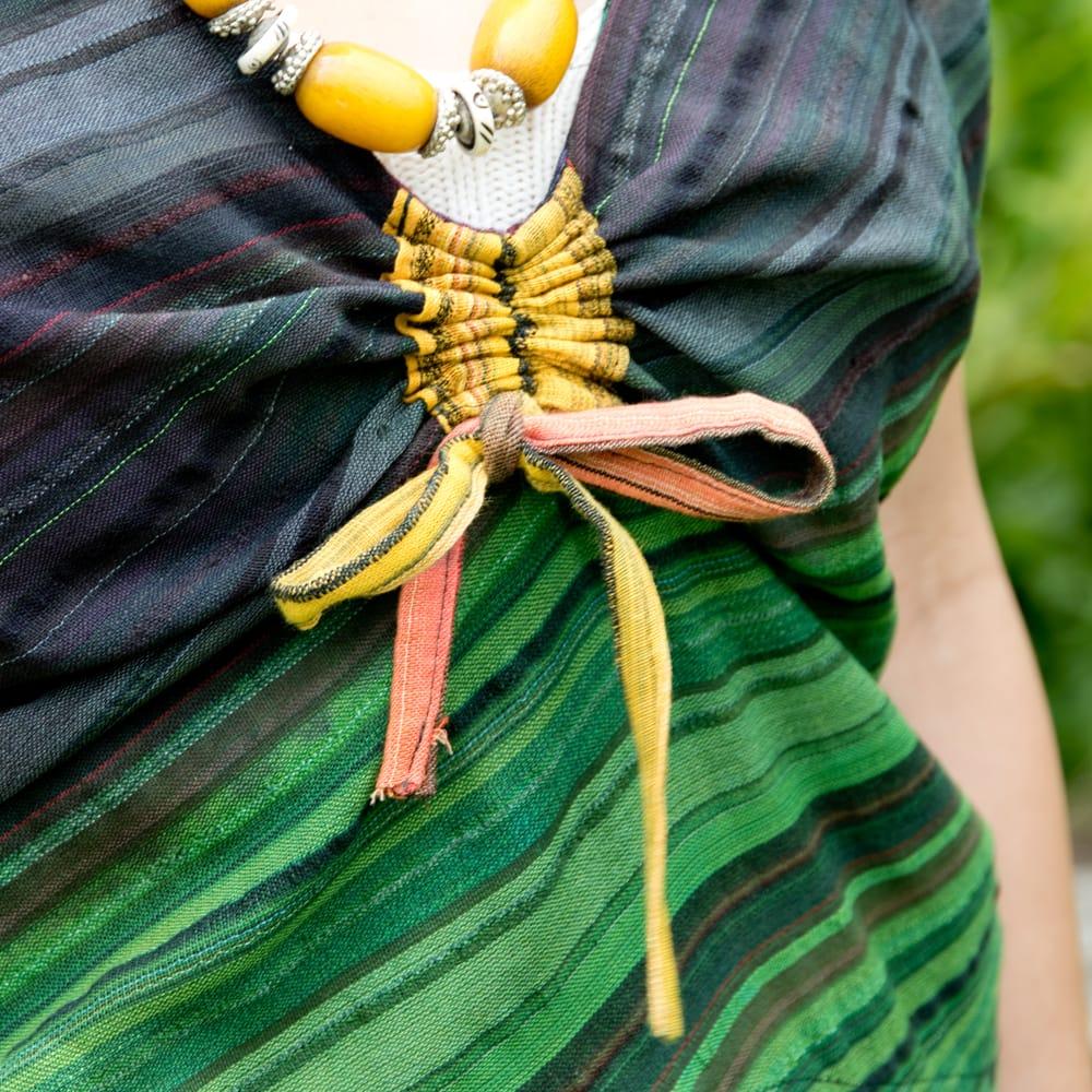サークルポケットのシャーリングコットンワンピース 3 - 胸元もクシュッとできます。