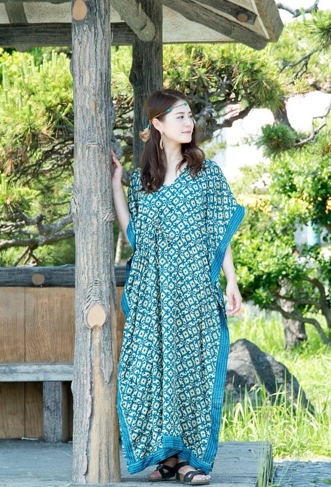 サリー生地のカフタンマキシワンピース 7 - 身長165cmのモデルさん着用例です。