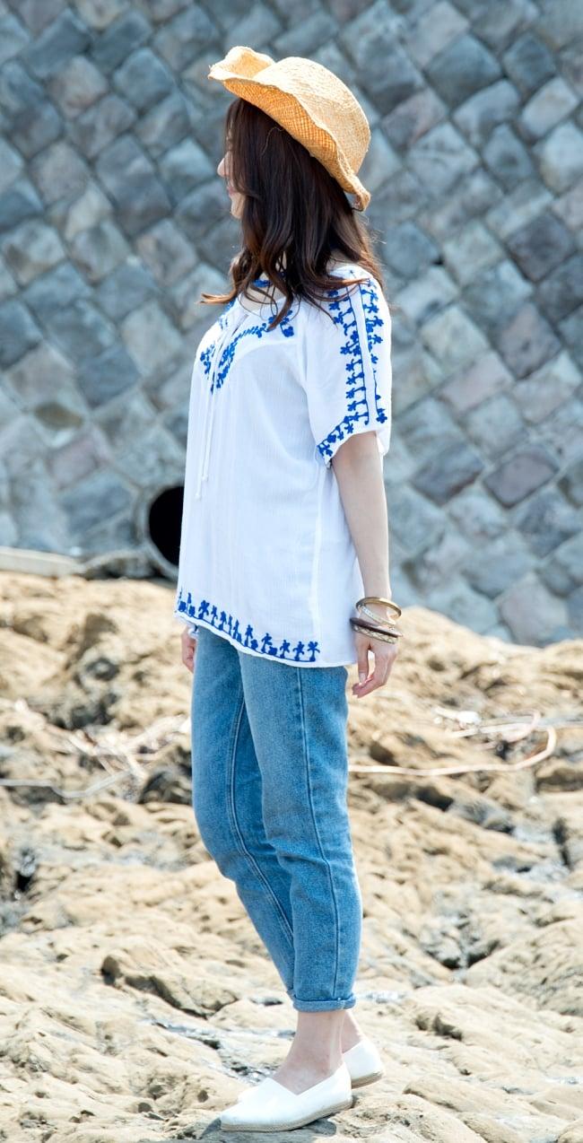 インド綿のネオンカラーサラサラチュニック 6 - 横から見た姿です。肩の刺繍も可愛いですね。
