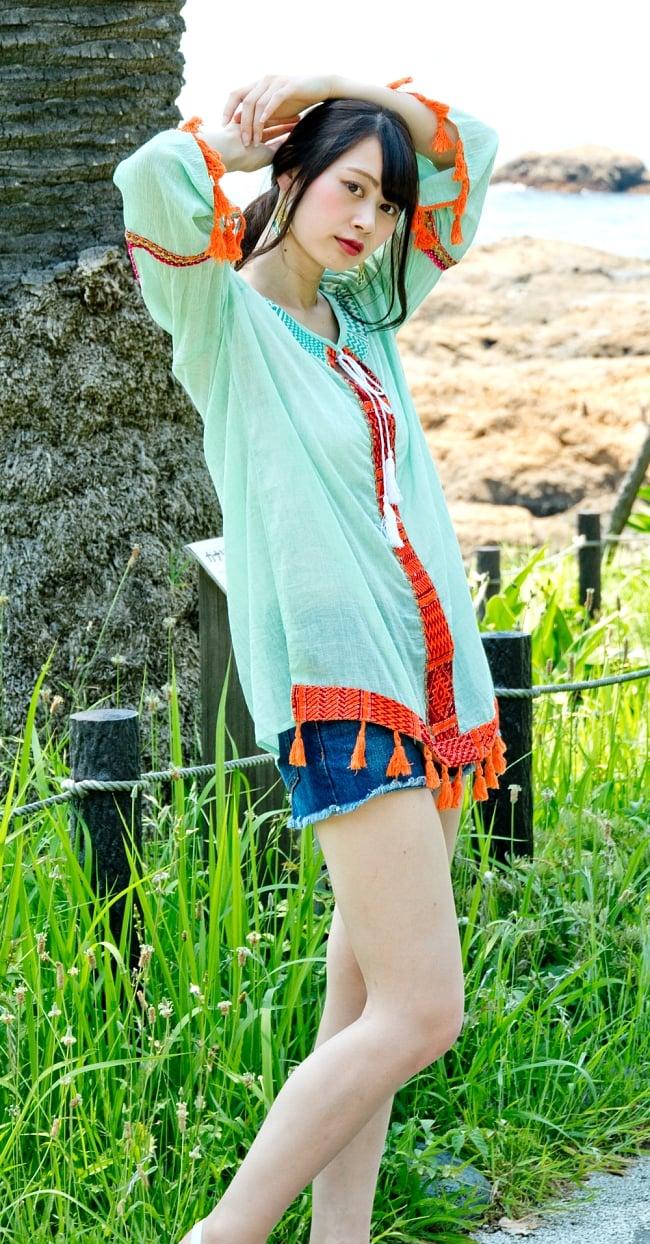 チロリアンテープのインド綿チュニック 6 - 選択2:ミントグリーン 身長163cmのモデルさん着用例です。