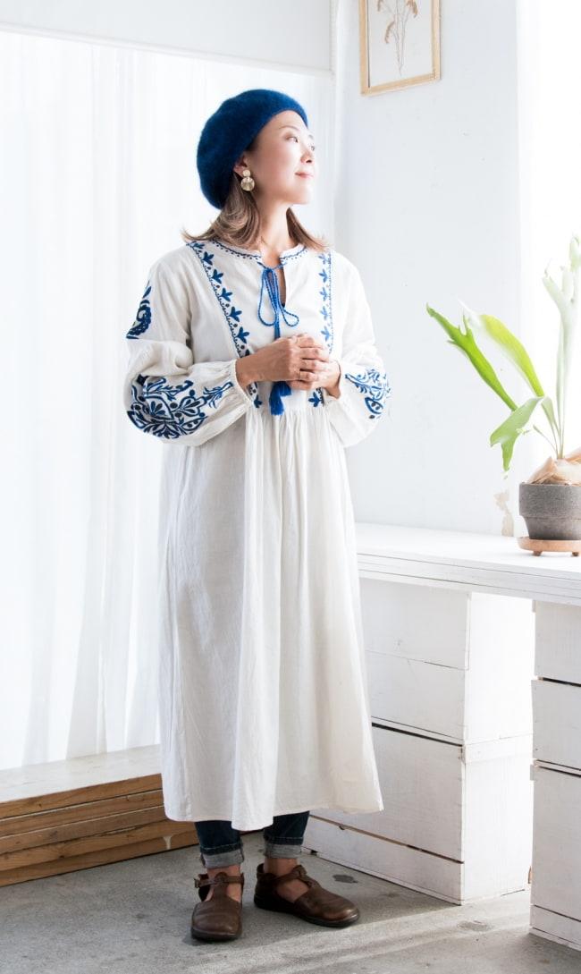 パフスリーブの刺繍ワンピース 7 - 身長152cmのモデル着用例です。
