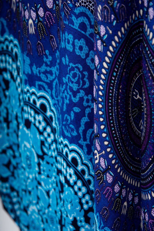 マンダラプリントの半そでラウンドワンピース 5 - きれいな発色でプリントされています。