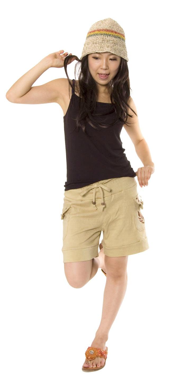 バック刺繍スウェットショートパンツ 【ベージュ】の写真