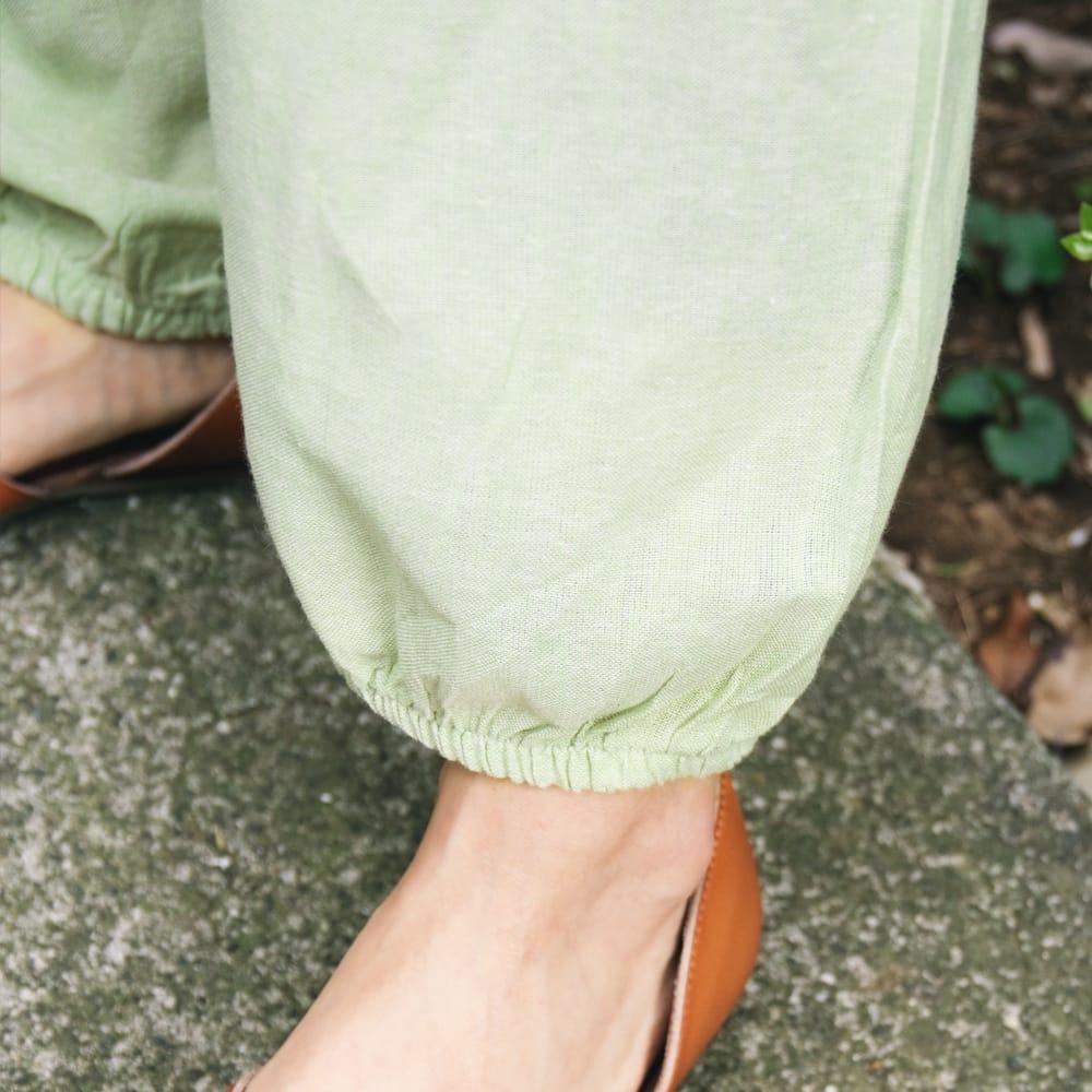 シンプルアフガンパンツ 8 - 裾の部分はゴムが入っていて履きやすいです