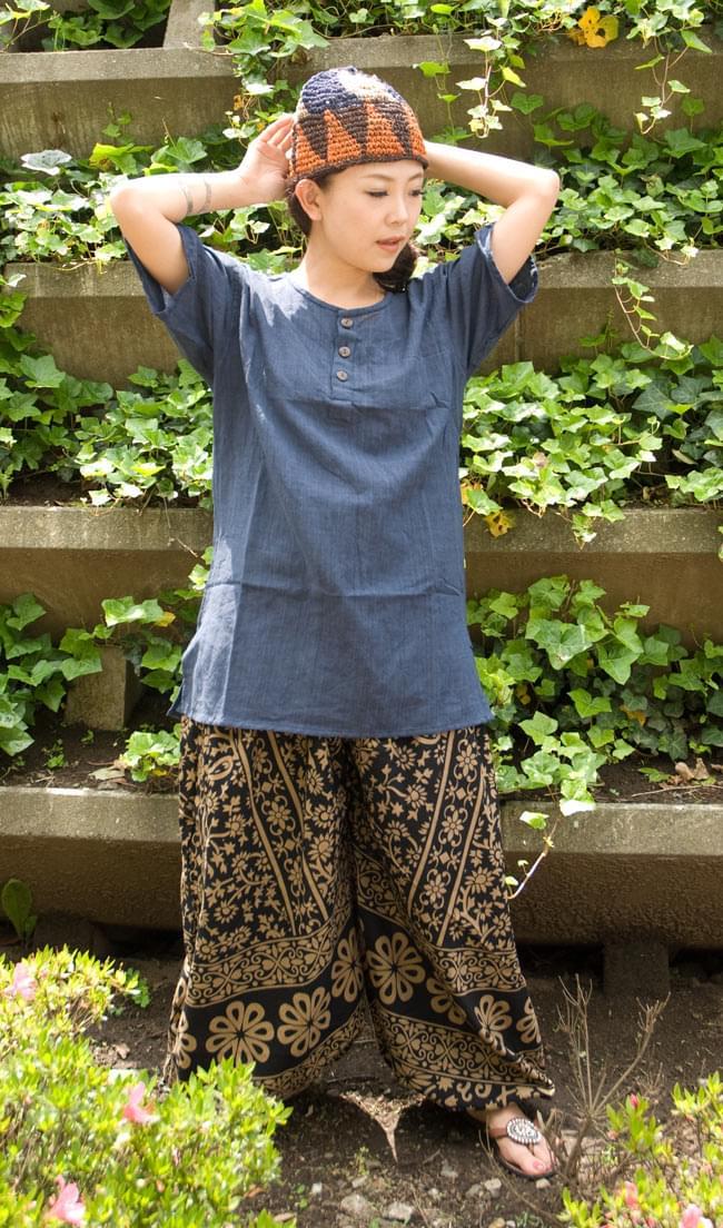 ぞうさんとお花のアラジンパンツ 【黒×薄茶】の写真