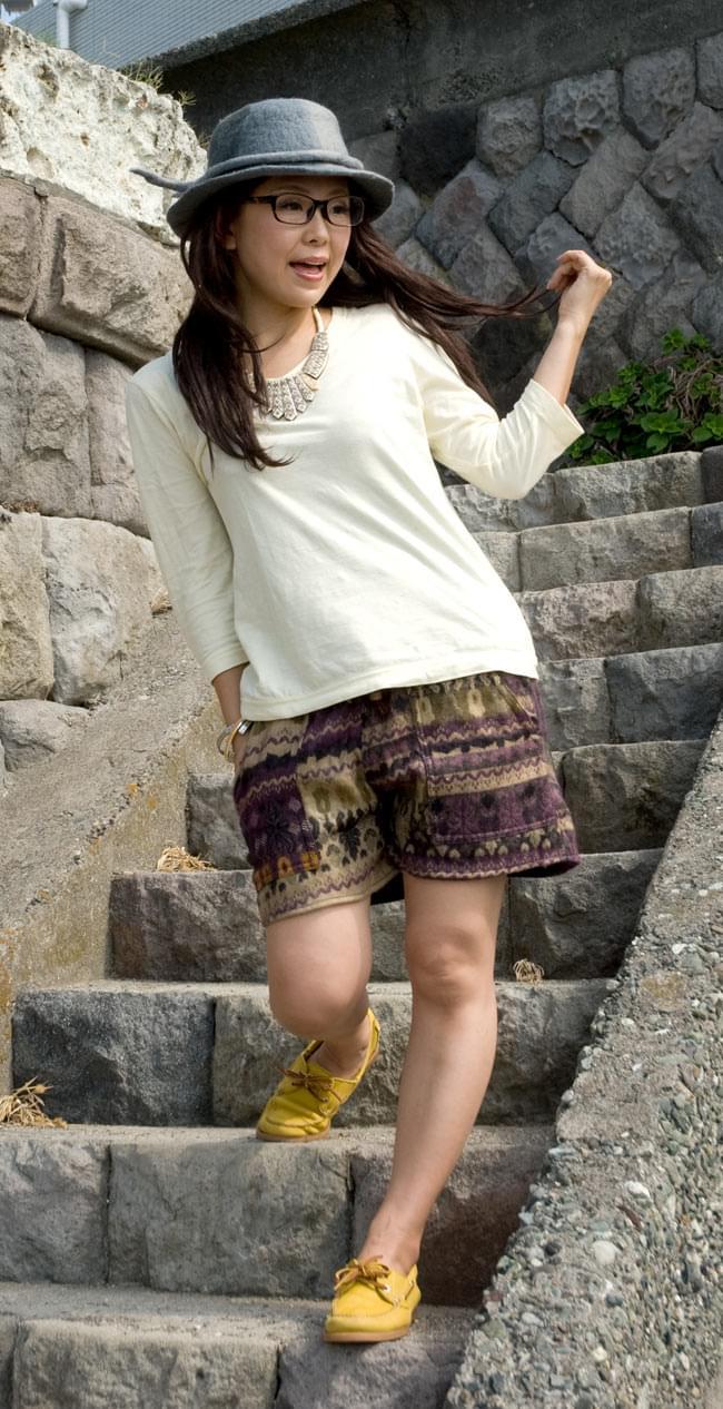 ネパールふわふわ起毛のショートパンツの写真2 - どの色も合わせやすいお色で活躍しそうです!