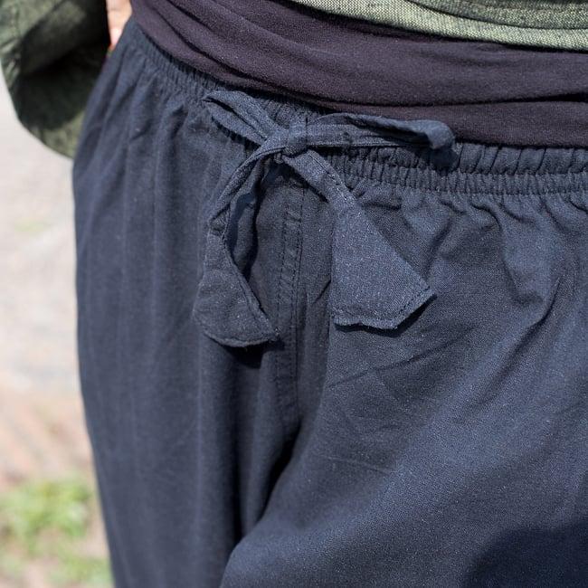 ブータン織ライン入り コットンハーフパンツ 9 - お腹周りはゴムと紐で調整できるようになっています。