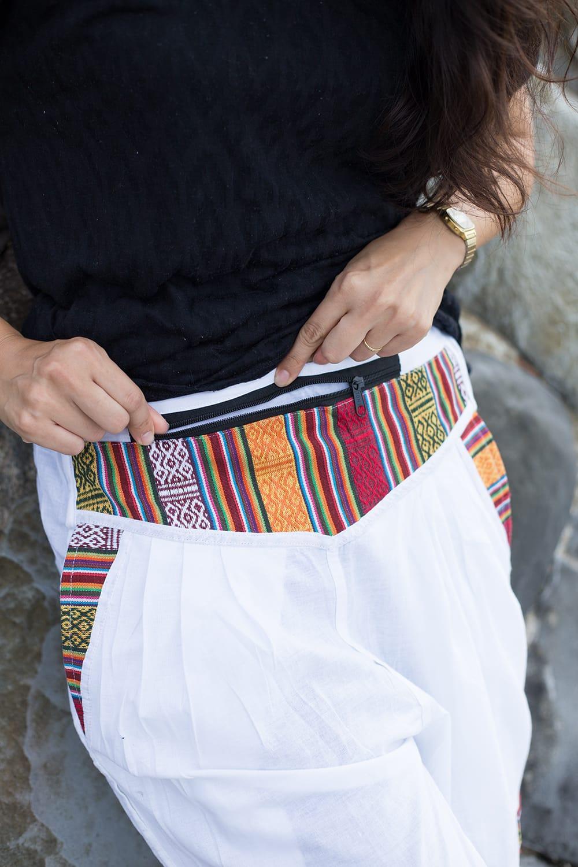 安心ポッケ付きコットンネパールパンツ 3 - お腹のポケットが特徴的です。