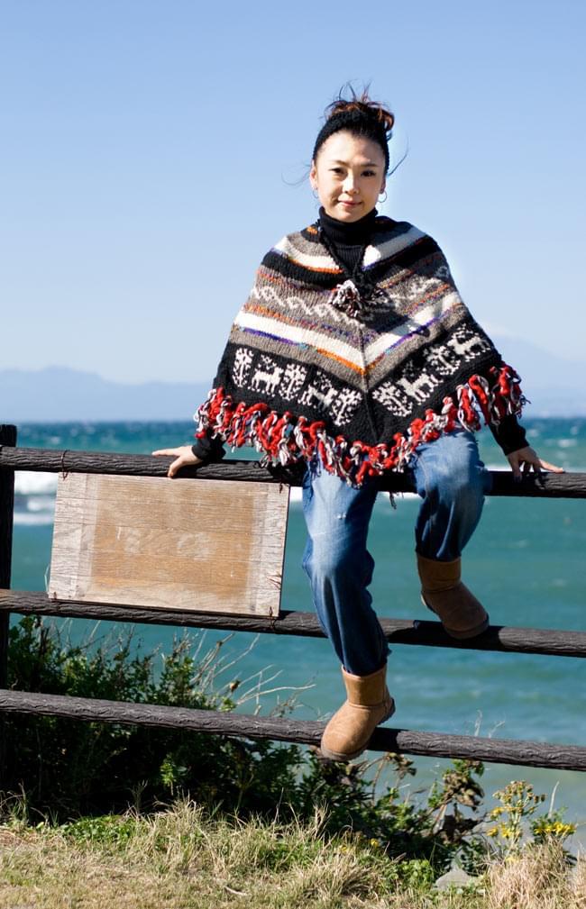 手編みのカラフルウールポンチョ 3 - C:黒×グレー